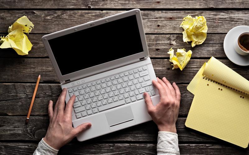vaga-para-redator-freelance-letras